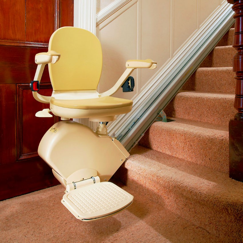 Brooks Lincoln Stairlift