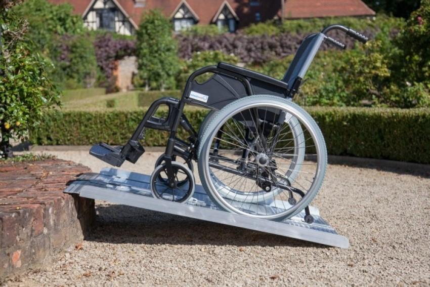 Wheel Chair Folding Ramps 2ft - 8 ft   Economy Range
